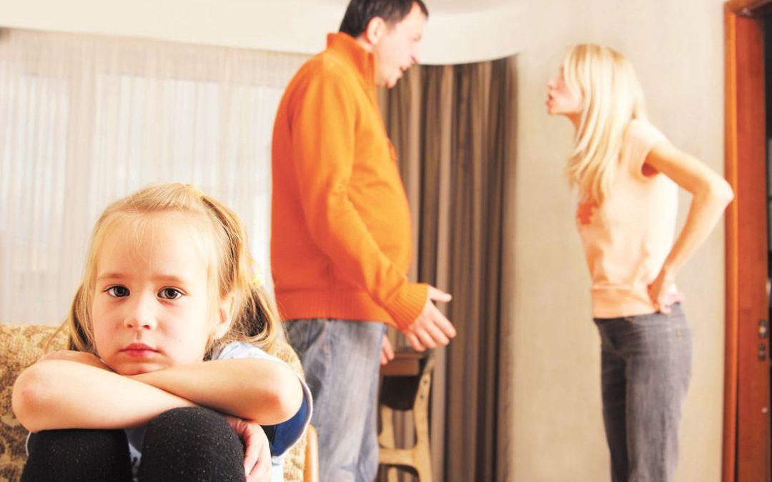 CÓMO VIVEN LOS NIÑOS EL DIVORCIO DE SUS PADRES